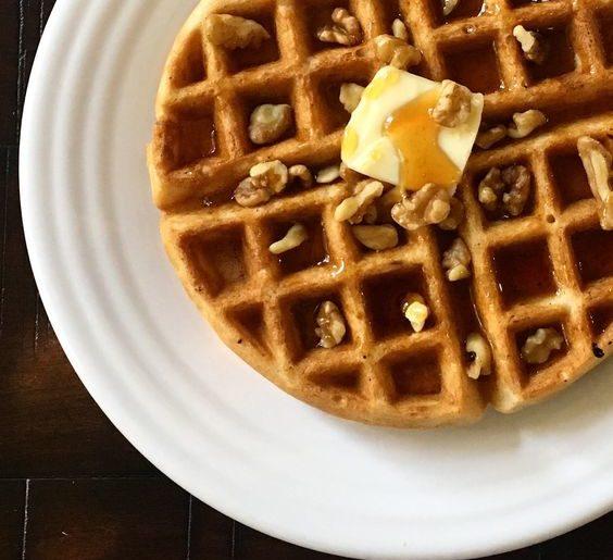 recipe | pumpkin spice waffles
